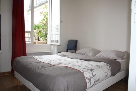 Great 1BR with terrace in the theatre District Rue Richer - apt #2 - Image 1 - Paris - rentals