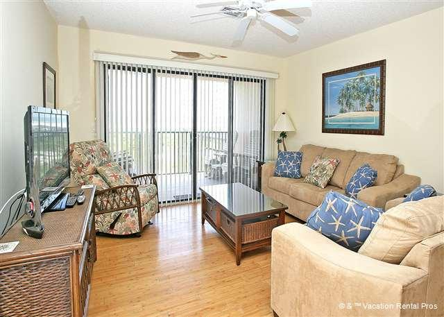 Our open floor plan offers lots of versatility. - Sea Place 11209, Direct Beach Front, HDTV, Pool, St Augustine - Saint Augustine - rentals