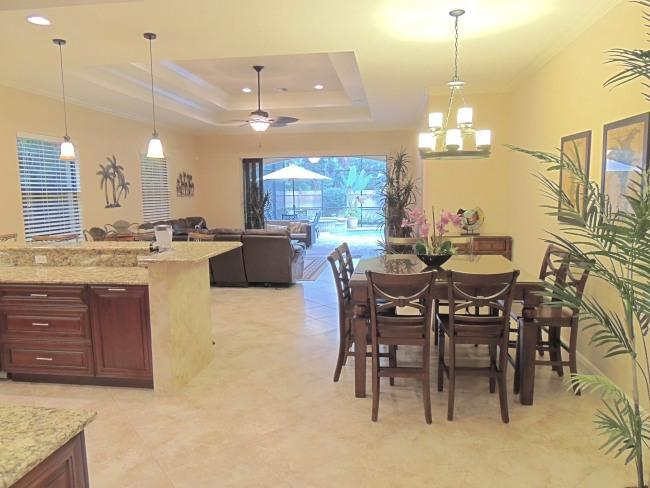 "Beautiful Home with private pool and spa within blocks to beach - ""FALL""ING PRICES thru 12/1 only $1400 per week! - Naples - rentals"