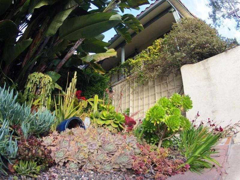 2 Minutes to Downtown! Mission Hills Spanish Condo - Image 1 - San Diego - rentals