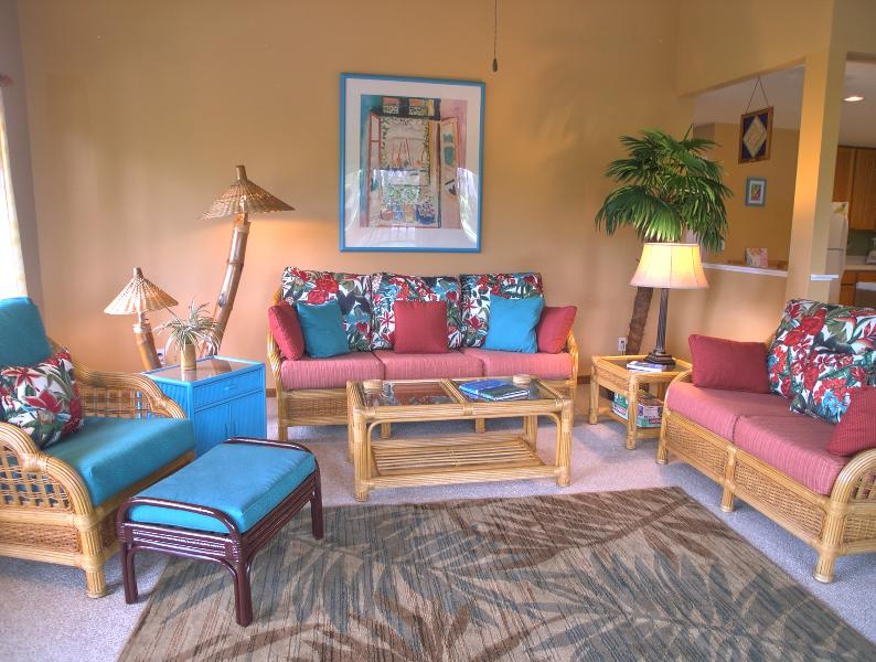Bright airy living room - Ali'i Regency, 3 Bedroom Condo in Poipu - Poipu - rentals