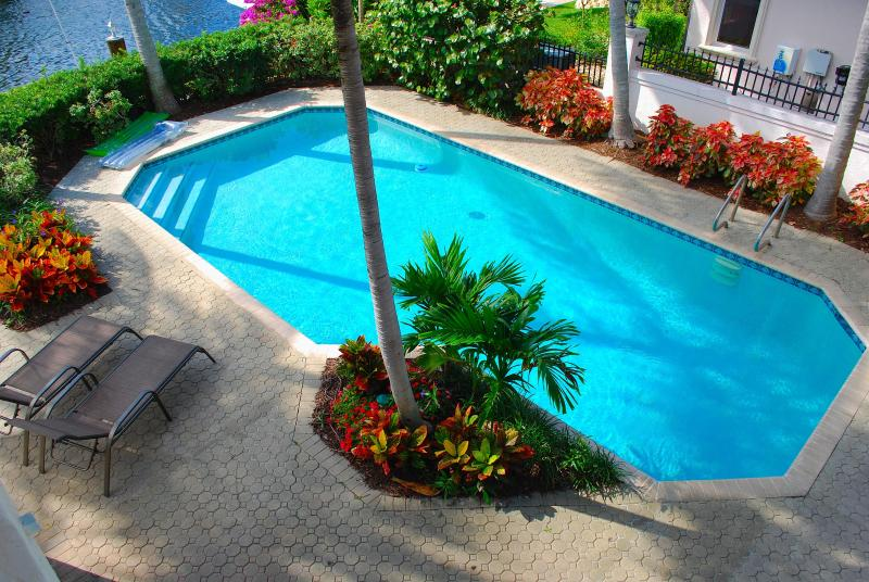 Extremely Private & Exclusive Rear Yard Offering A Custom Heated Pool & Dining Areas w/Water Views - Casa Palma 5 STAR WATERFRONT 5BR/5BA HTD POOL BEACH HOME! - Fort Lauderdale - rentals