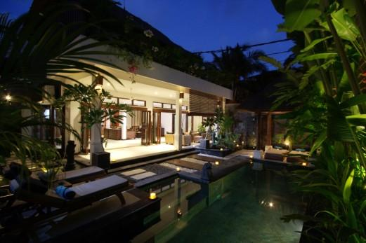 Outside view of Villa Kipas - Villa Kipas - Luxury Villa - 2 mins walk to Beach - Seminyak - rentals