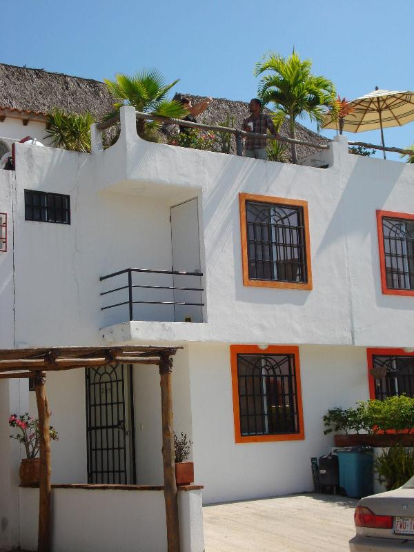 Front of house - CASA FANTASTICA! 10 minute walk to beach & town! - Bucerias - rentals