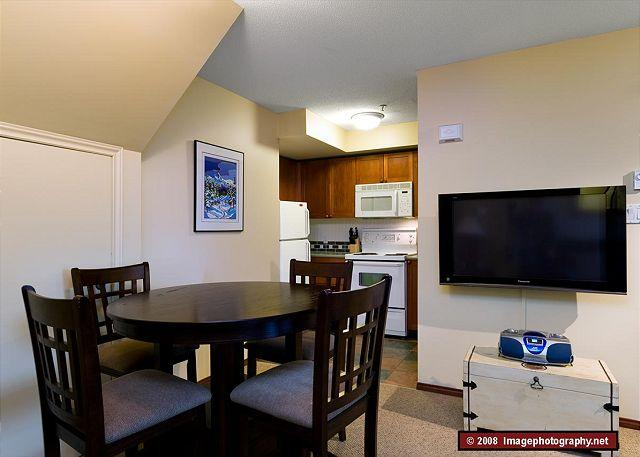 Dining Area - 45 Glaciers Reach this 2br home has a hot tub & pool in Whistler Village - Whistler - rentals