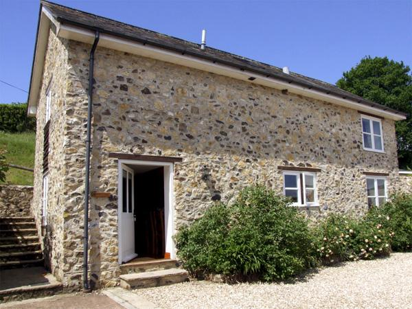 BEECH COTTAGE, family friendly, character holiday cottage, with a garden in Dunkeswell, Ref 3002 - Image 1 - Dunkeswell - rentals