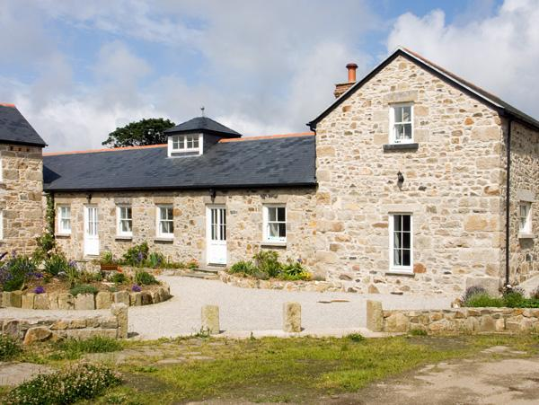 TREGOTHA BARN, pet friendly, character holiday cottage, with a garden in Reawla, Ref 1481 - Image 1 - Hayle - rentals
