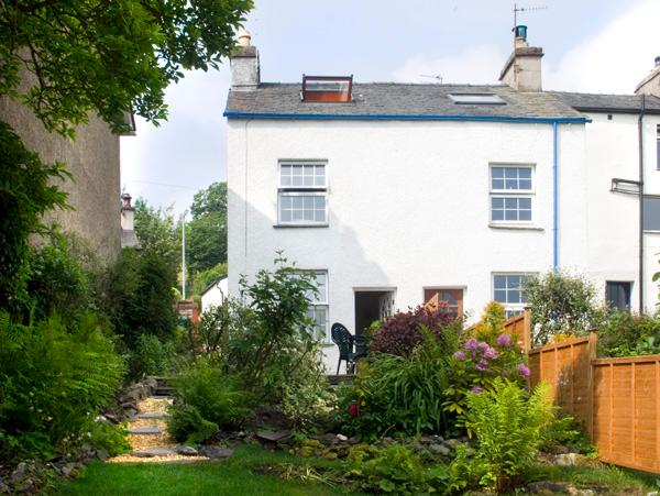 1 MOUNT PLEASANT COTTAGES, pet friendly, character holiday cottage, with multi-fuel stove in Greenodd, Ref 2144 - Image 1 - Greenodd - rentals
