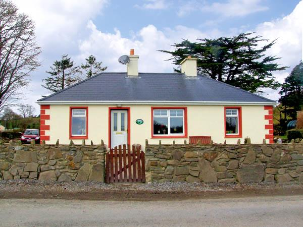 BRUACH NA HAILLE, pet friendly, country holiday cottage, with a garden in Killadysert, County Clare, Ref 2959 - Image 1 - Killadysert - rentals