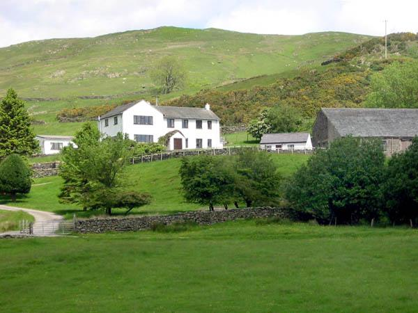 GHYLL BANK HOUSE, pet friendly, country holiday cottage, with a garden in Staveley, Ref 2026 - Image 1 - Staveley - rentals