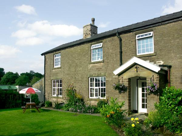 JESSIE'S COTTAGE, family friendly, character holiday cottage, with a garden in Combs, Ref 1487 - Image 1 - Combs - rentals