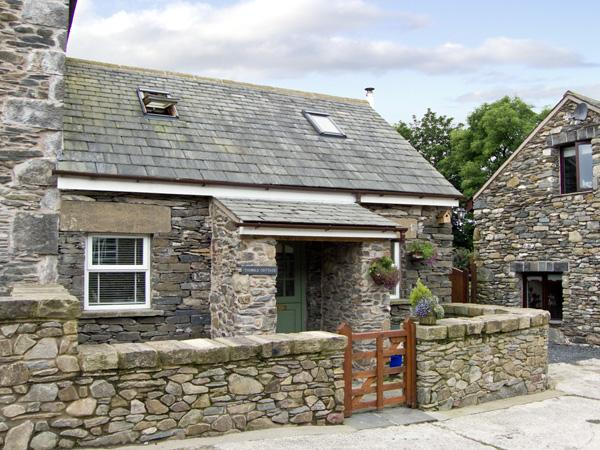 THIMBLE COTTAGE, romantic, luxury holiday cottage, with open fire in Pennington Near Ulverston, Ref 2965 - Image 1 - Pennington - rentals