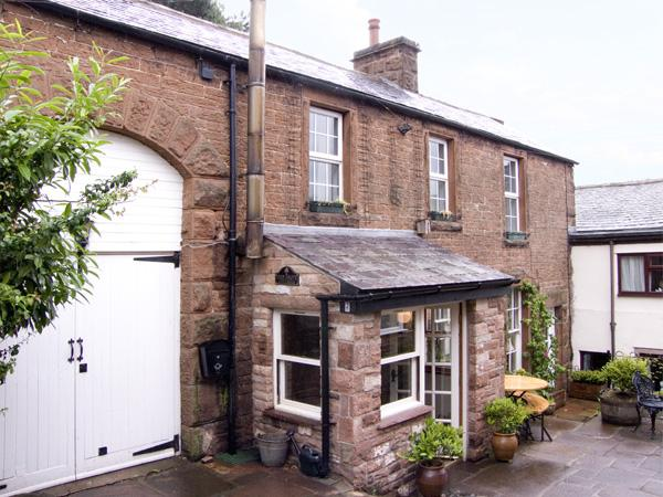 2 EDEN GROVE COTTAGES, pet friendly, character holiday cottage, with a garden in Armathwaite, Ref 3577 - Image 1 - Armathwaite - rentals