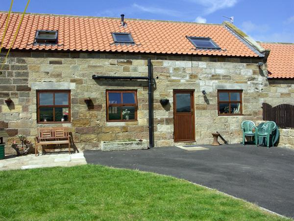 WHALEBONE COTTAGE, pet friendly, character holiday cottage, with a garden in Whitby, Ref 1465 - Image 1 - Whitby - rentals