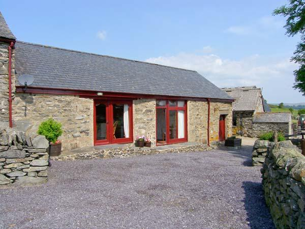 Y BWTHYN, romantic, luxury holiday cottage, with a garden in Ysbyty Ifan, Ref 2181 - Image 1 - Ysbyty Ifan - rentals