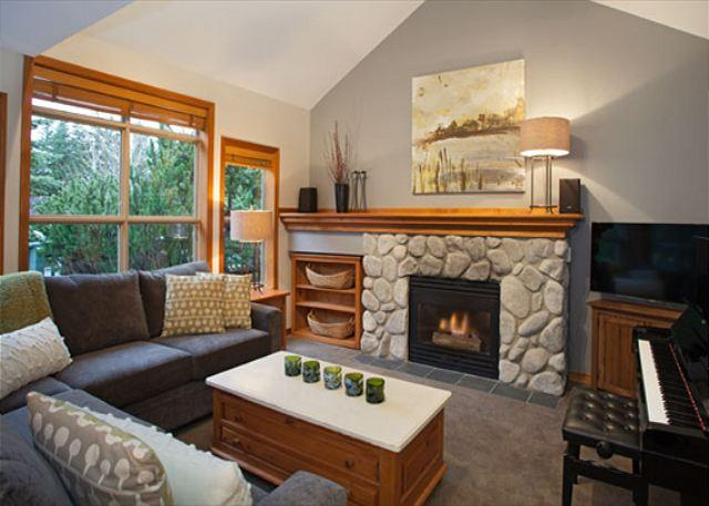 Spacious Living Area with Cozy Gas Fireplace and Vaulted Ceiling - Arrowhead Point #5    2 Bed Reno'd Townhome with Private Hot Tub, Near Slopes - Whistler - rentals