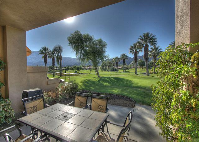 Covered Patio - Beautiful property with golf course & mountain view - La Quinta - rentals