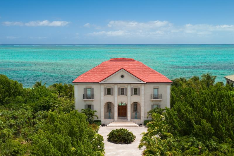 Beach Villa Paprika--on famous Grace Bay beach - Image 1 - Providenciales - rentals