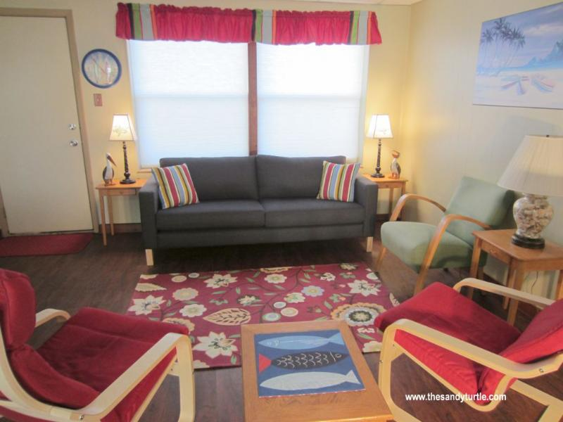 Main Room 2014 - Sandy Turtle, A Family Friendly Beach Condo - Port Aransas - rentals