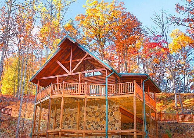 2 Bedroom Luxury Gatlinburg Cabin Minutes to Downtown - Image 1 - Gatlinburg - rentals