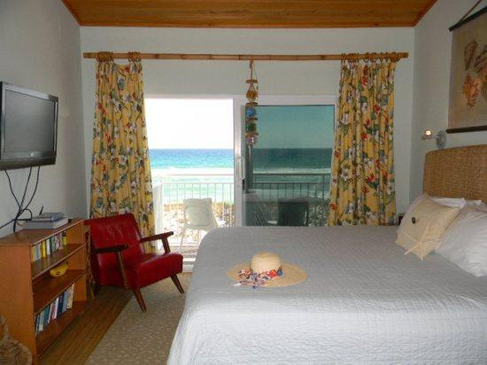 Master Bedroom with balcony view - Southern Breeze 4 - Navarre - rentals