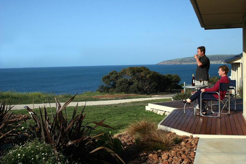 Just sit back, relax and enjoy the panoramic seaviews from the deck and living area. - Searenity Holiday Home - Panoramic Sea Views - Kangaroo Island - rentals