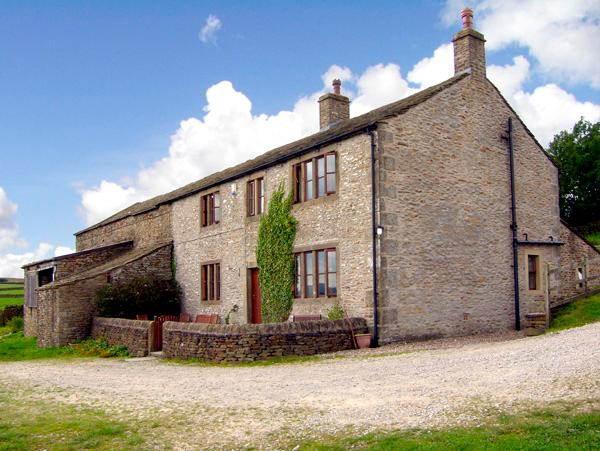 STREET HEAD FARM,  luxury holiday cottage, with a garden in Lothersdale Near Skipton, Ref 601 - Image 1 - Lothersdale - rentals