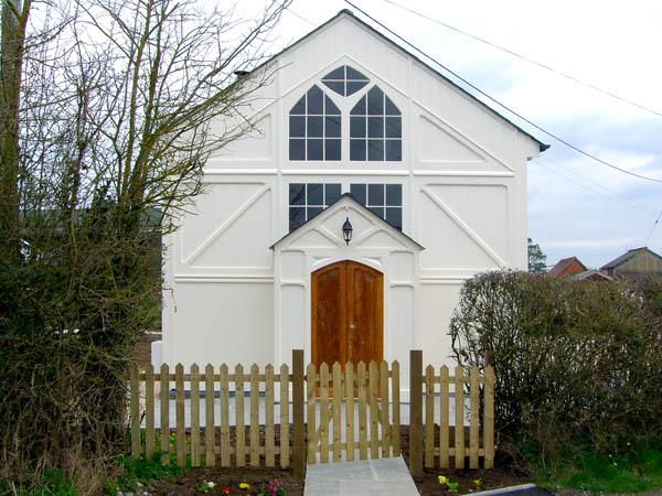 THE OLD CHAPEL, luxury holiday cottage, with a garden in Huntingford, Ref 2970 - Image 1 - Gillingham - rentals