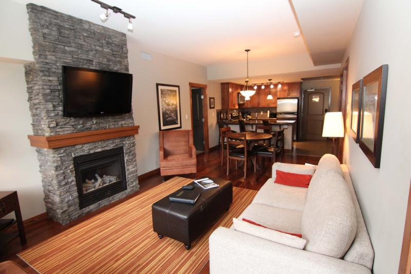 You'll Love this 2 Bedroom Upscale Canmore Condo - Image 1 - Canmore - rentals