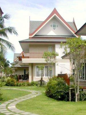 Side view of my house from the tropical gardens. 3 floors, 250sqm - 4 Bed Beach Villa with private spa - near Hua Hin - Cha-am - rentals