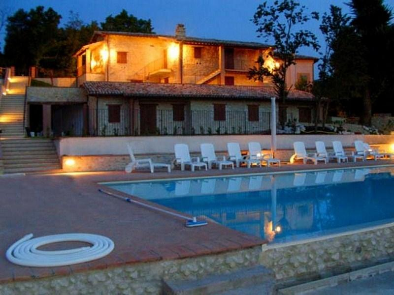 Spoleto By The Pool:APT 1/from 690 euros/wk. Sleeps 4 - Image 1 - Spoleto - rentals