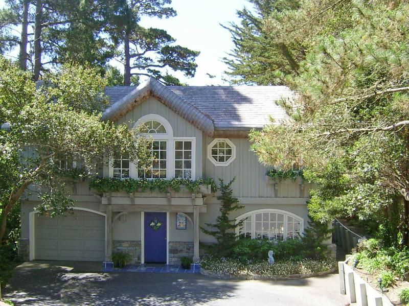 Out of the Blue in beautiful Carmel-by-the-Sea - Unique nautical home near downtown Carmel & beach - Carmel - rentals