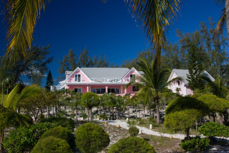 Gorgeous Bahamian Villa: Point O' Vue - Image 1 - Winding Bay - rentals