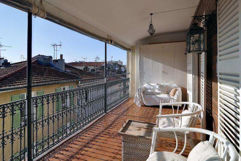 Balcony  - Possibly the best terrace in Old Town Antibes! - Antibes - rentals