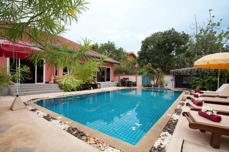 Pattaya - Baan-Kinaree 5Bed - Image 1 - Pattaya - rentals