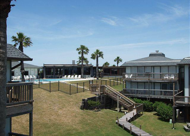 "Complex View - Shalom is the feeling you get from the balcony of this ""peaceful"" unit. - Port Aransas - rentals"