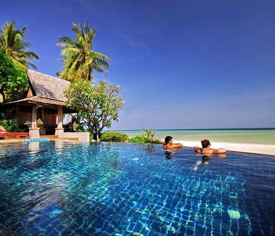 Infinity pool overlooking the beach - Baan Sarika Luxury Beachfront Villa - Lamai Beach - rentals