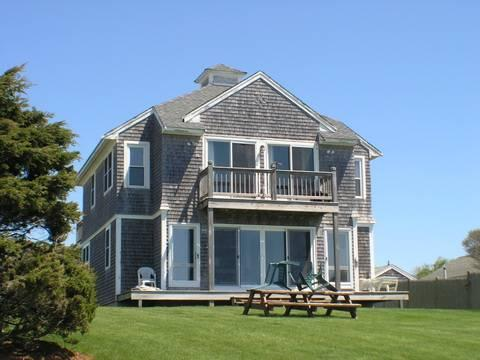 Idyllic House with 7 BR & 3 BA in Dennis Port (Oak St 70) - Image 1 - Dennis Port - rentals