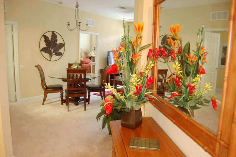 Entry Way (Sunrise) - VIsta Cay Sunset - next to pool and clubhouse - Orlando - rentals