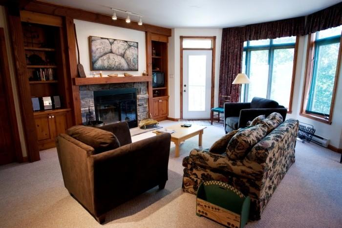 Picturesque House in Mont Tremblant (Le Chalumeau | 173-11) - Image 1 - Mont Tremblant - rentals
