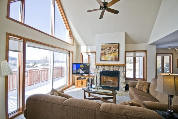 Comfortable House with 3 Bedroom/2 Bathroom in Mont Tremblant (Les Haut-bois | 193-2) - Image 1 - Mont Tremblant - rentals