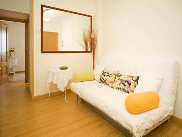 Budget Madrid Rio Apartment for Groups - Image 1 - World - rentals