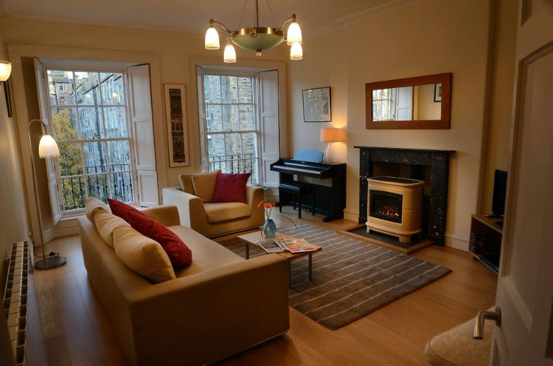 The Stylish City Break @ Gayfield Square - Image 1 - Edinburgh - rentals