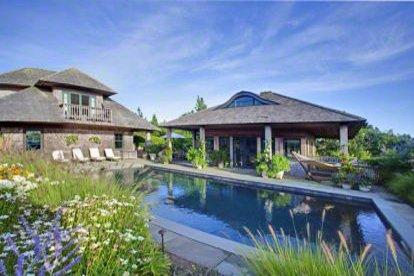 HERRING CREEK FARM CONTEMPORARY ESTATE WITH POOL AND PRIVATE BEACH - KAT DMAL-17 - Image 1 - Martha's Vineyard - rentals