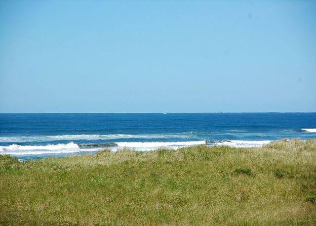 221 Vacations by the Sea - Westport, WA - Economic Ocean View Beach Vacation Condo - Westport - rentals