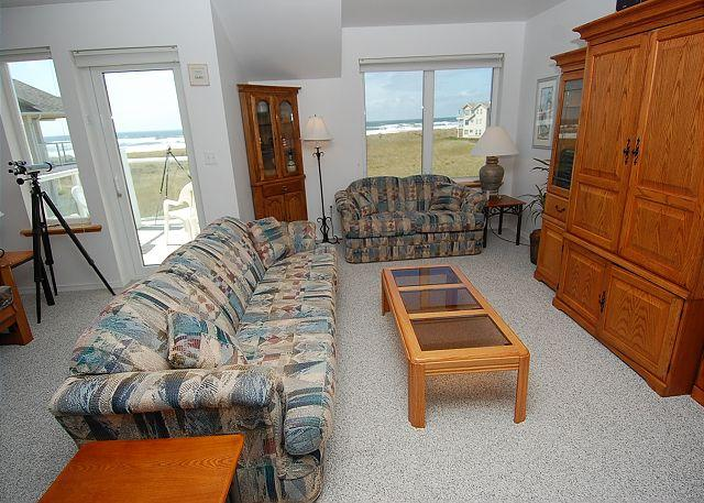 Unit 332 Living Room - Pet Friendly, Oceanfront, Luxury Top Floor Condo - Westport - rentals
