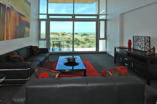 Lounge - The Pierview Penthouse - Christchurch - rentals