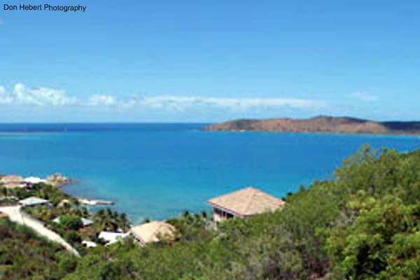 Surrounded by tropical plants and trees, the setting of this villa ensures ultimate privacy. VG SDR - Image 1 - Leverick Bay - rentals