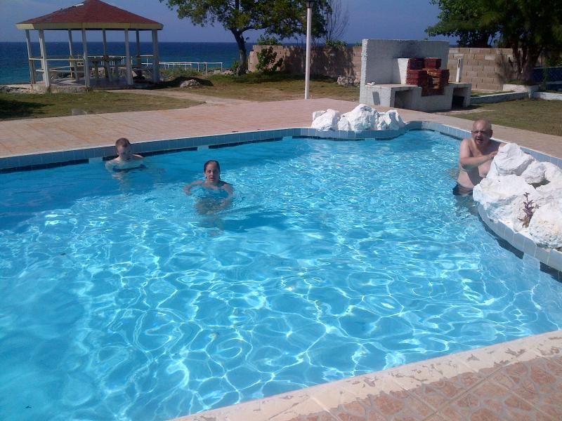 Swimming pool at rear with sea view - Luxury 7 Bedroom Seafront Villa Discovery Bay JA - Discovery Bay - rentals