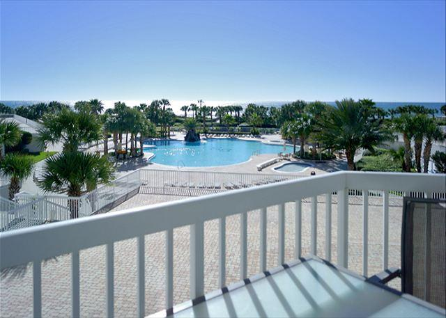 BEACHFRONT FOR 8! LUXURIOUS! SAVE 10% ON SEP/OCT STAYS! - Image 1 - Destin - rentals